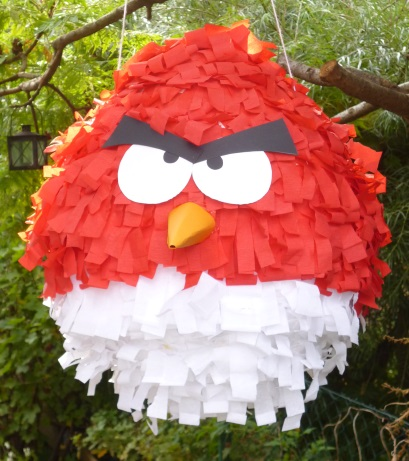 pinata angry bird. Black Bedroom Furniture Sets. Home Design Ideas