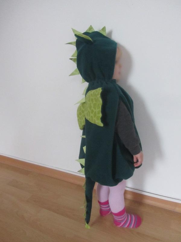 Kostüm Drache oder auch Dino – knuffeliges.de